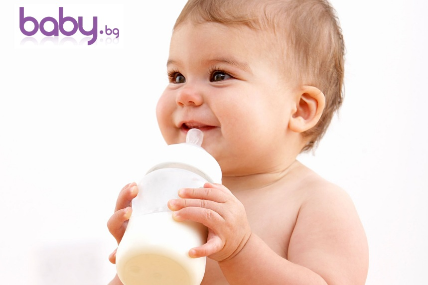 Как да храним бебето правилно през първите 12 месеца